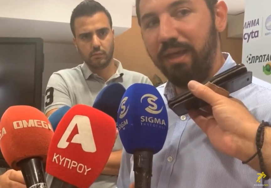 """ΠΗΛΑΚΟΥΤΑΣ: """"Μιλάμε με ποδοσφαιριστές"""" (βίντεο)"""